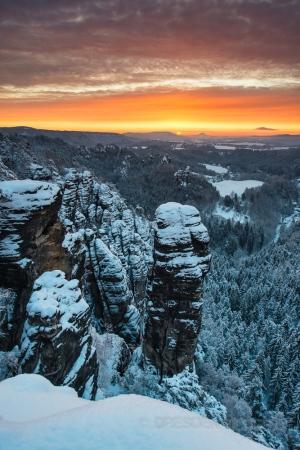 Himmelsglühen im Winter