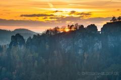 Basteimassiv im Sonnenuntergang