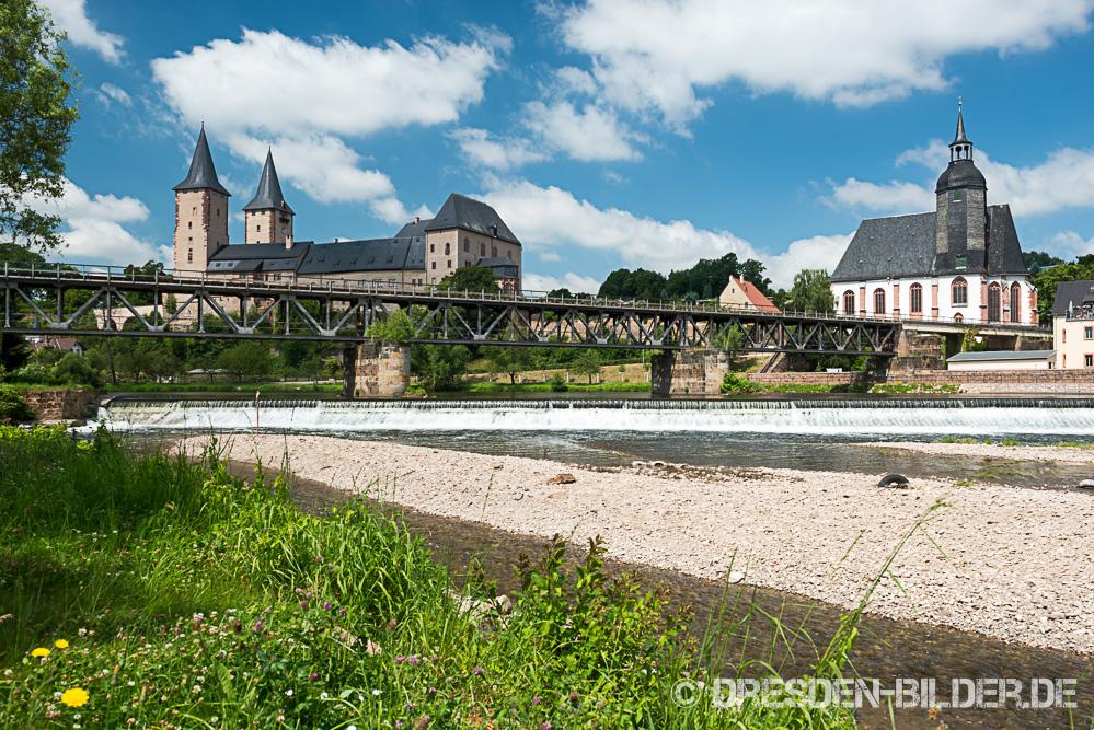 Rochlitzer Schloss mit alter Eisenbahnbrücke