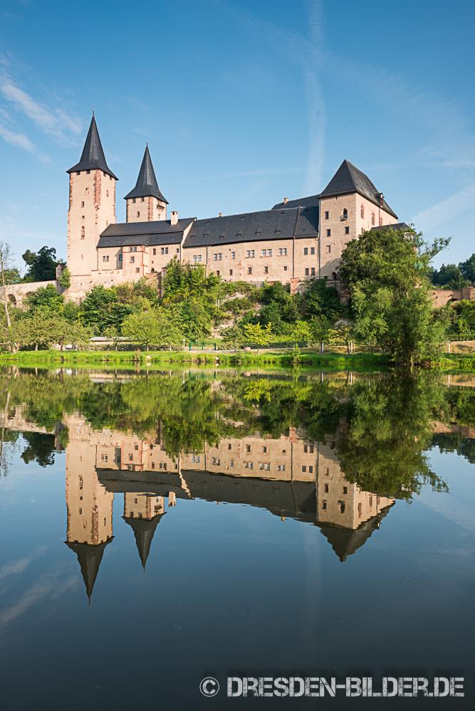 Wasserspiegel mit Schloss Rochlitz