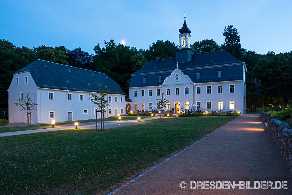 Mondaufgang über Schloss Rabenstein